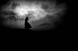 dark-darkness-girl-light-lost-favim-com-118417